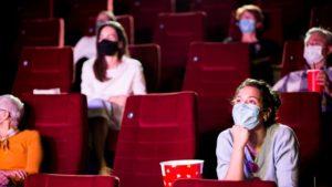 Subtítulos serán obligatorios en proyecciones de cine
