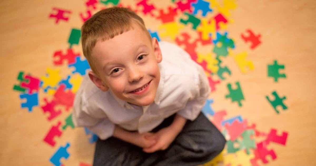 Nos teñimos de azul: Día Mundial de la Concienciación sobre el Autismo