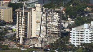 El número de muertos aumenta tras el colapso de un edificio de Miami