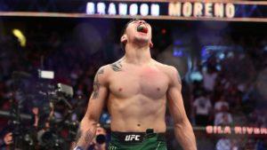 Brandon Moreno hace historia al ser el primer campeón mexicano de la UFC