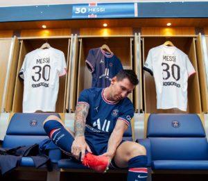 ¡Bienvenue Lionel Messi! El futbolista ya firmó con el PSG
