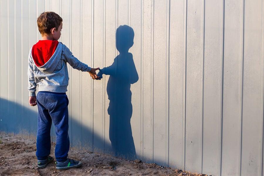 Emprendedor y de gran mente: Niño vende amigos imaginarios en el colegio