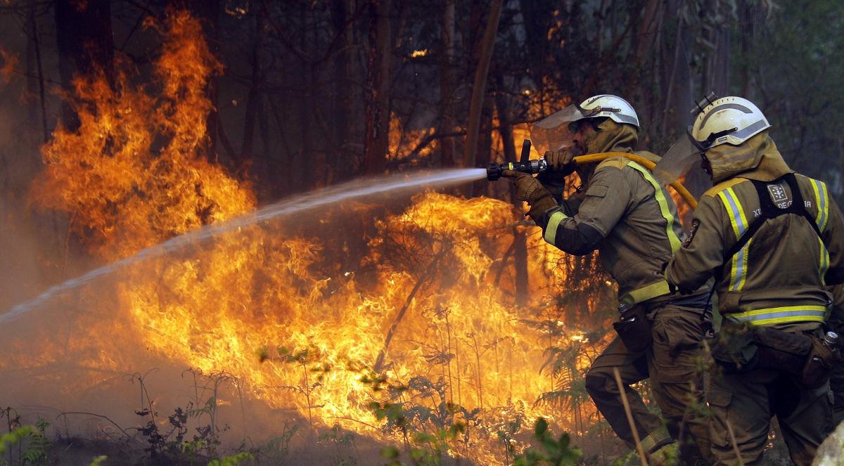 Ola de calor intensa en el sur Europa provoca incendios catastróficos, ya se registran primeras muertes