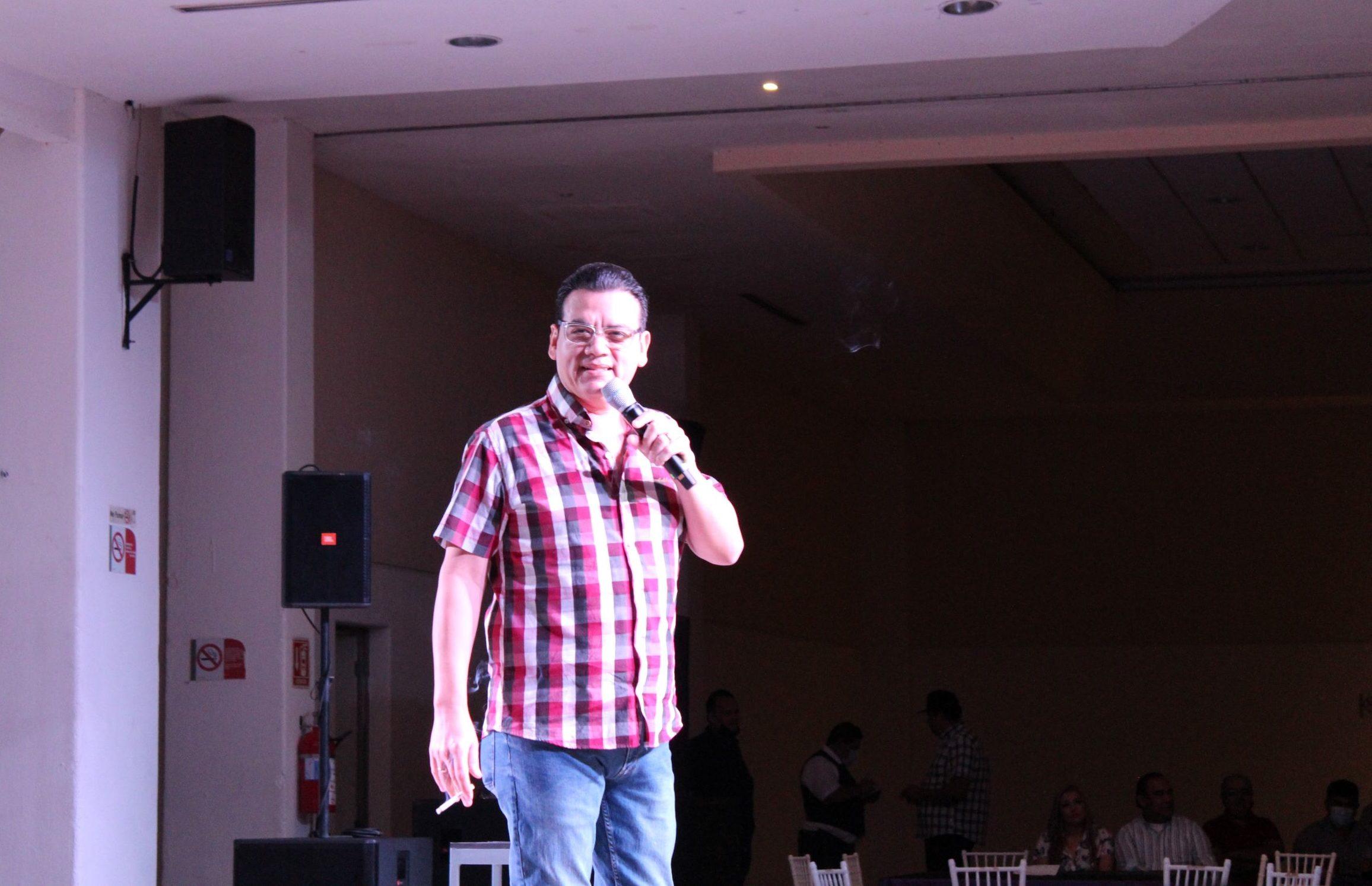 José Luis Zagar y Brincos Dieras: un show lleno de risas