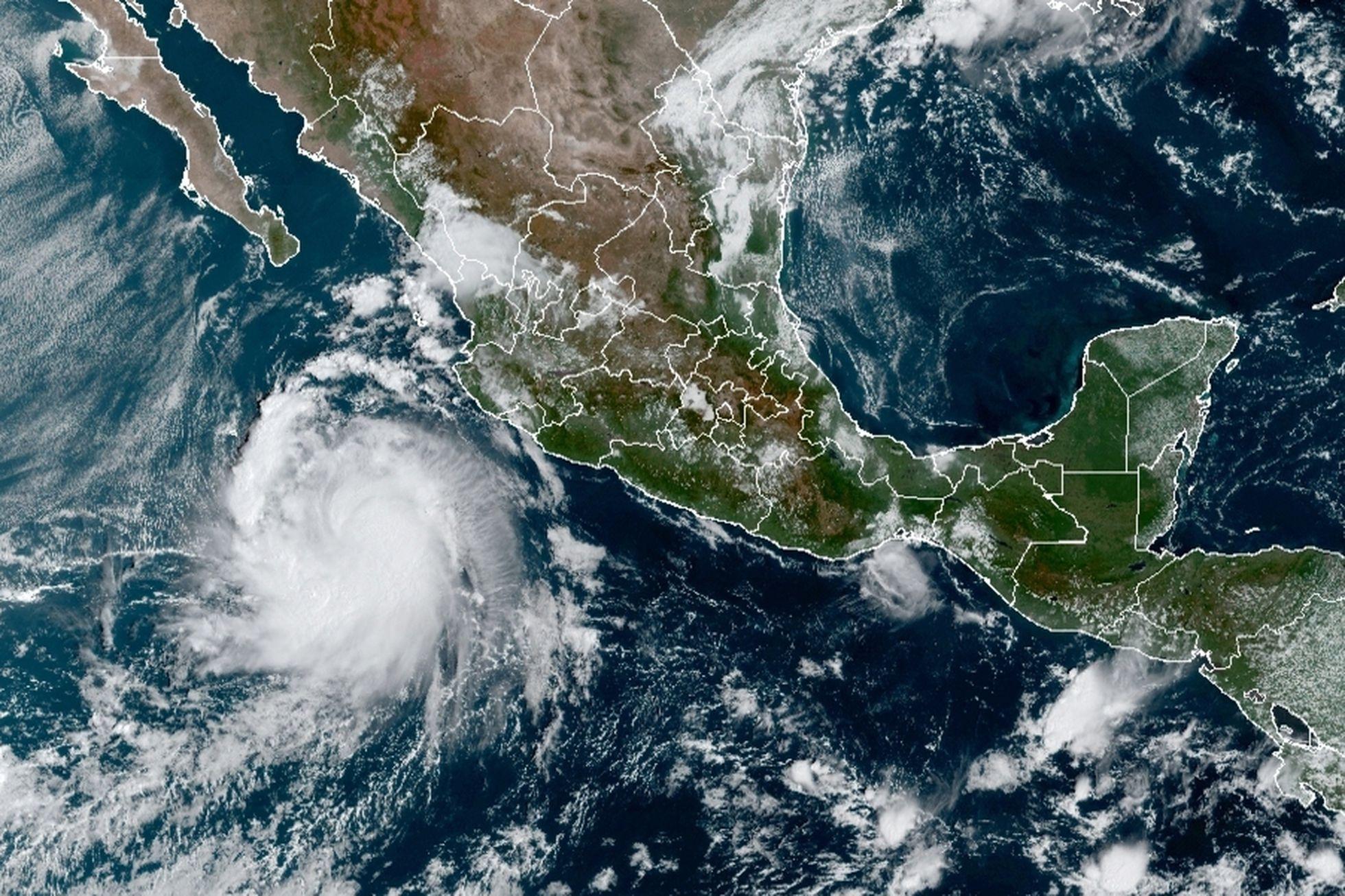 """SMN: La tormenta tropical """"Pamela"""" se podría intensificar a huracán categoría 1 esta noche"""